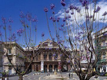 The theatre square at Catania. (Photo: Tobias Schorr)