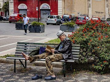A nice way to relax in Catania. (Photo: Tobias Schorr)