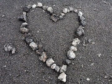 A heart of ash and lava at Etna volcano. (Photo: Tobias Schorr)