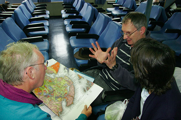 But inside it's dry and time to discuss new plans (Mull, Scotland)  (Photo: Tom Pfeiffer)