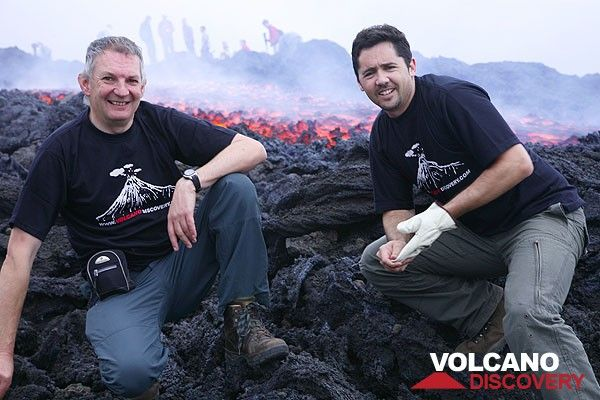Rob and Adam at the new lava flow (Photo: Tom Pfeiffer)