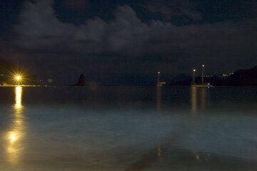 Night on the beach of Porto di Ponente (Vulcano) (Photo: Tom Pfeiffer)