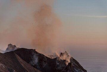 Sunset light over the eastern crater of Stromboli volcano  (Photo: Tom Pfeiffer)
