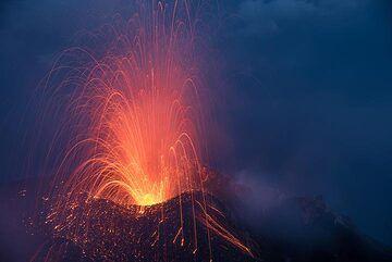 Small strombolian eruption at dawn (16 June 2017). (Photo: Tom Pfeiffer)