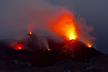 View of the active vents in the crater terrace from Pizzo, with a small strombolian eruption from the northern NE vent, which otherwise has been constantly spattering. (Photo: Tom Pfeiffer)