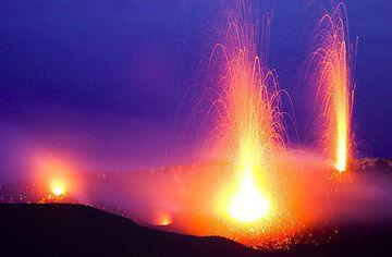 The same eruption taken with digitally...  (c)