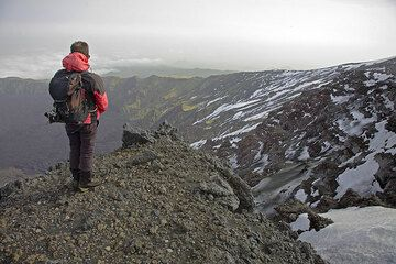 Rosario looking into the Valle del Bove depression on the SE flank of Etna. (c)