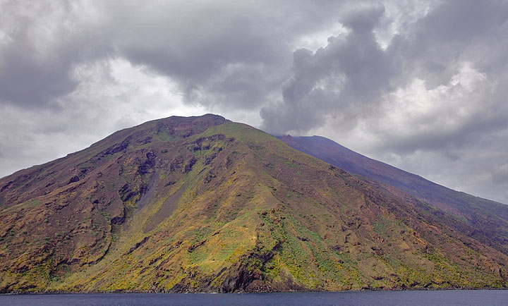 Smoking Stromboli seen from the ferry. (c)