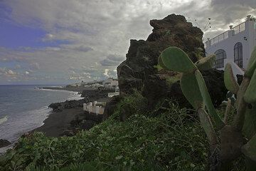 Our hotel on Stromboli,- beautifully located at a rocky black beach with sandy strips in between. (c)