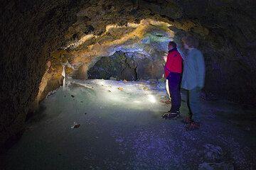 Stromboli à l'Etna Octobre 2008 (part 5): Excursion à la Grotte del Gelo (Photo: Tom Pfeiffer)