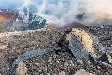 Breadcrust bomb from the 1888 eruption of Vulcano's La Fossa (Photo: Tom Pfeiffer)