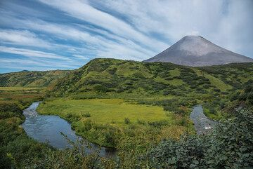 View of the small river and Karaymsky in the background from a hill near the hut. (Photo: Tom Pfeiffer)