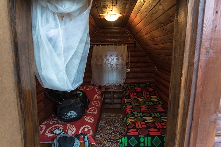 View of my cozy cabin of the guesthouse. (Photo: Tom Pfeiffer)