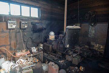 The generator room (Photo: Tom Pfeiffer)