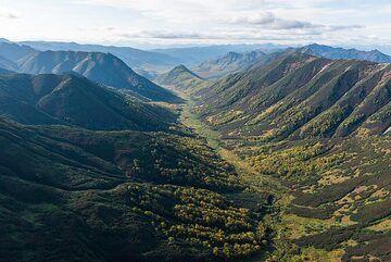 Glacial valley (Photo: Tom Pfeiffer)