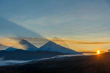 Sunrise (Photo: Tom Pfeiffer)