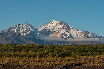View towards Zimina volcano from the NE (Photo: Tom Pfeiffer)