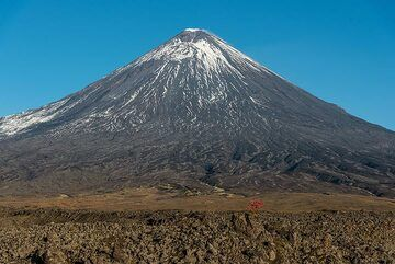 The highest stratovolcano by prominence in the world, Klyuchevskoy, rising more than 4000 m from its base, is also one of the most active ones in the world. (Photo: Tom Pfeiffer)