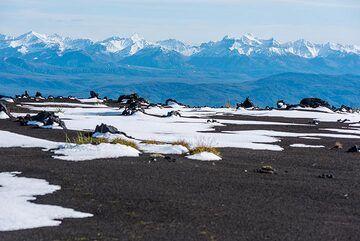 View towards the Eastern (coastal) range. (Photo: Tom Pfeiffer)