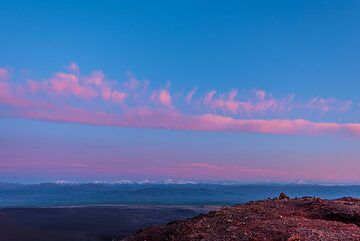 Pink clouds at sunset (Photo: Tom Pfeiffer)