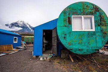 Avachinsky camp (Photo: Tom Pfeiffer)
