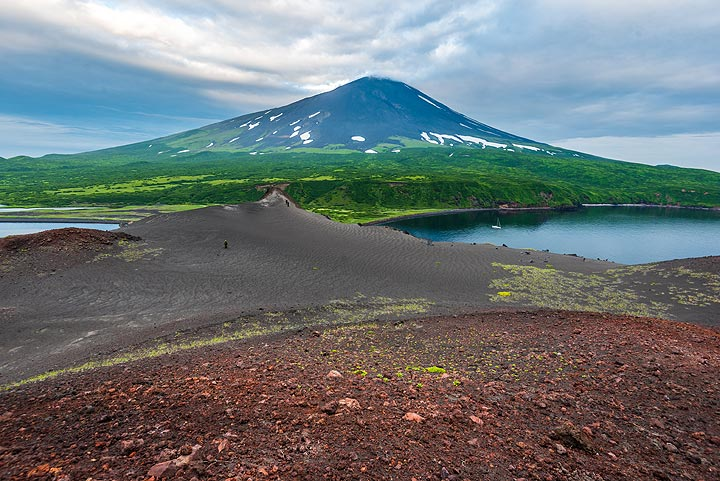 View of Alaid volcano from Taketomi cone (Photo: Tom Pfeiffer)