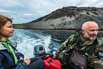Expedition leaders Marina and Leonid (Photo: Tom Pfeiffer)