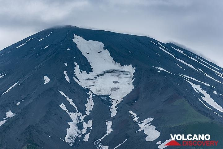 Summit of Alaid volcano (Photo: Tom Pfeiffer)
