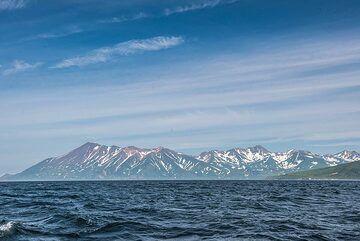 Older volcanic ranges on Paramushir Island NE of Fuss volcano. (Photo: Tom Pfeiffer)