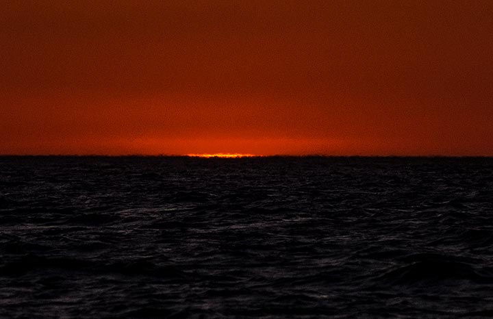 But no Green Flash at the end... (Photo: Tom Pfeiffer)