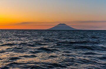Alaid volcano's majestic silhouette (Photo: Tom Pfeiffer)