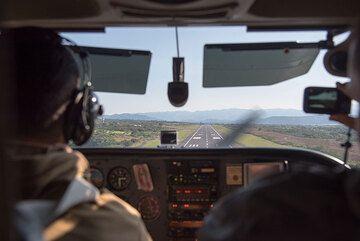 Cockpit of our Cessna plane before landing. (Photo: Ingrid Smet)