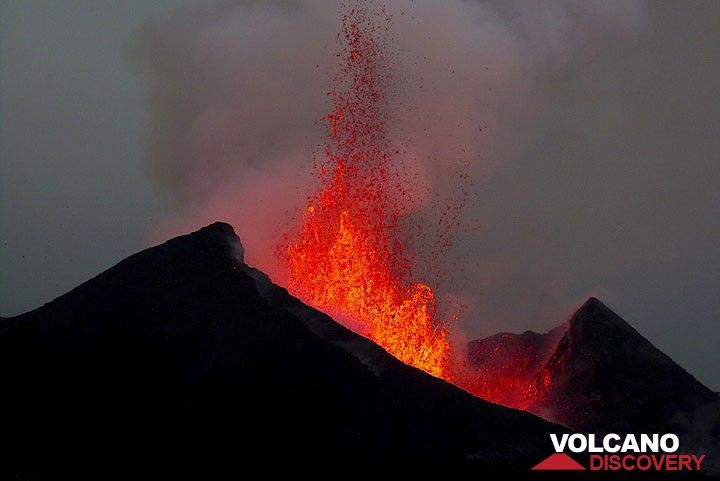 Lava fountains of around 150 m height from the active flank vent during the 2011-12 eruption of Nyamuragira (Nyamulagira) volcano, DRCongo.   (Photo: Lorraine Field)