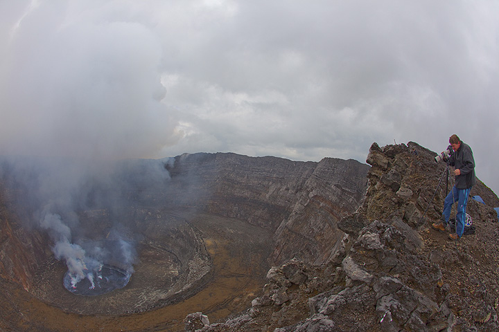 View of the caldera of Nyiragongo with its concentric terraces and the lava lake. (Photo: Tom Pfeiffer)