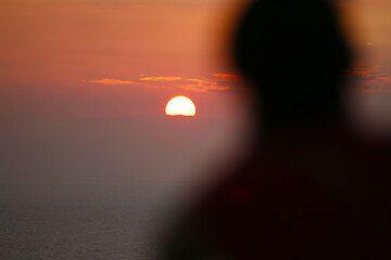 Sunset silhouette (Photo: Tom Pfeiffer)
