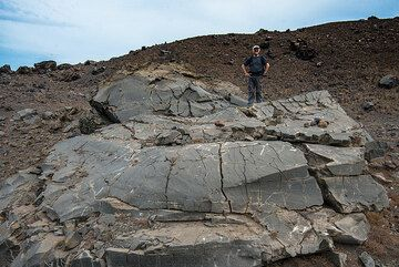One of the largest bombs, approx. 10 m long, 2-3 meter thick and 5 m wide. It has an estimated weight of 200-300 tons. (Photo: Tom Pfeiffer)