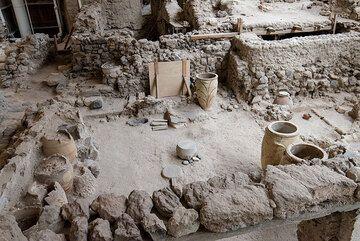 Santorini Sep 2014: Akrotiri archeological excavations (Photo: Tom Pfeiffer)