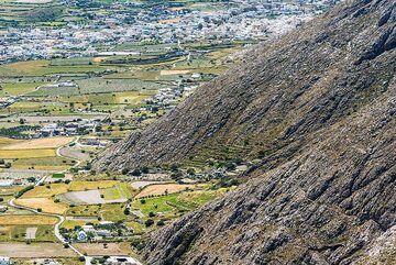 The southern foothills of Profitis Ilias (Photo: Tom Pfeiffer)