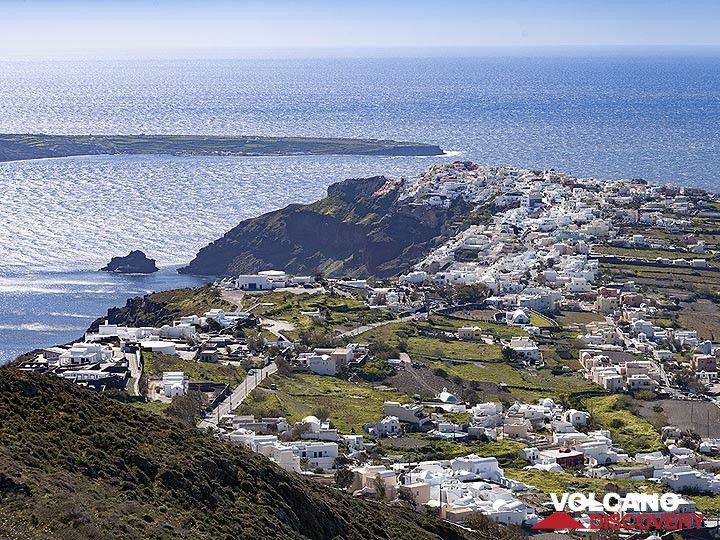The most famous village of Santorini, Ia (OIA). (Photo: Tobias Schorr)