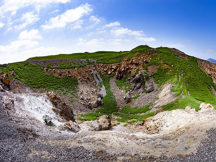The green covered Georgios crater in March 2019. Nea Kameni island/Santorini. (Photo: Tobias Schorr)