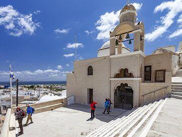 The church of Agios Georgios (?) at Emporio village. (Photo: Tobias Schorr)