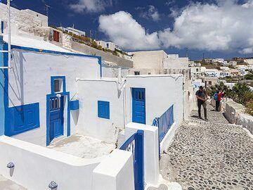 At the village of Manolas/Thirasia island. (Photo: Tobias Schorr)
