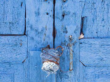 An old door. (Photo: Tobias Schorr)