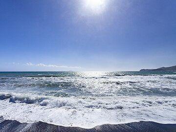 The beach of Vlyhada. (Photo: Tobias Schorr)