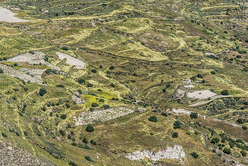 Terraces farmland on the slopes of the mountain near Pirgos. (Photo: Tom Pfeiffer)
