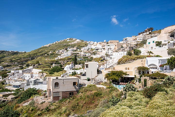Village of Exo Gonia (Photo: Tom Pfeiffer)