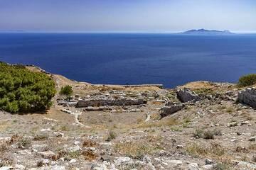 The theatre of ancient Thira. (Photo: Tobias Schorr)