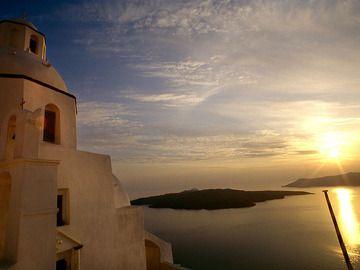Churches of Santorini (Photo: Tobias Schorr)
