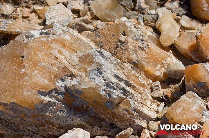 Große Calzitkristalle am Profitis Ilias (Photo: Tom Pfeiffer)
