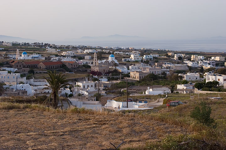 Messaria village in the early morning (Photo: Tom Pfeiffer)